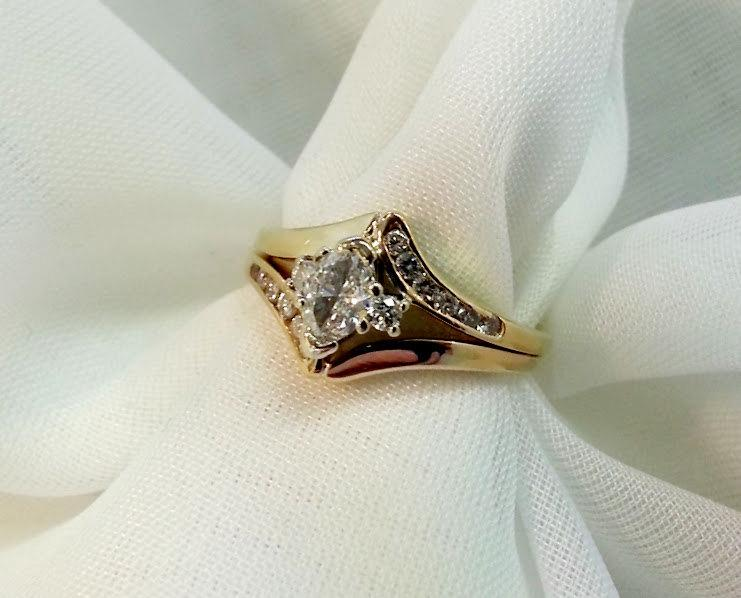 Marquise Diamond Engagement Ring Set 1 2 Carat Total Weight 14 Karat Yellow Gold