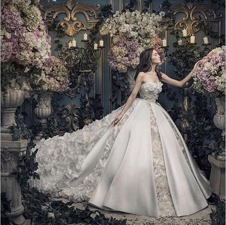 a88ec5226b79 2017 Sweetheart Sleeveless Wedding Dresses Organza Satin Luxury. Designer  Wedding Dresses 2017