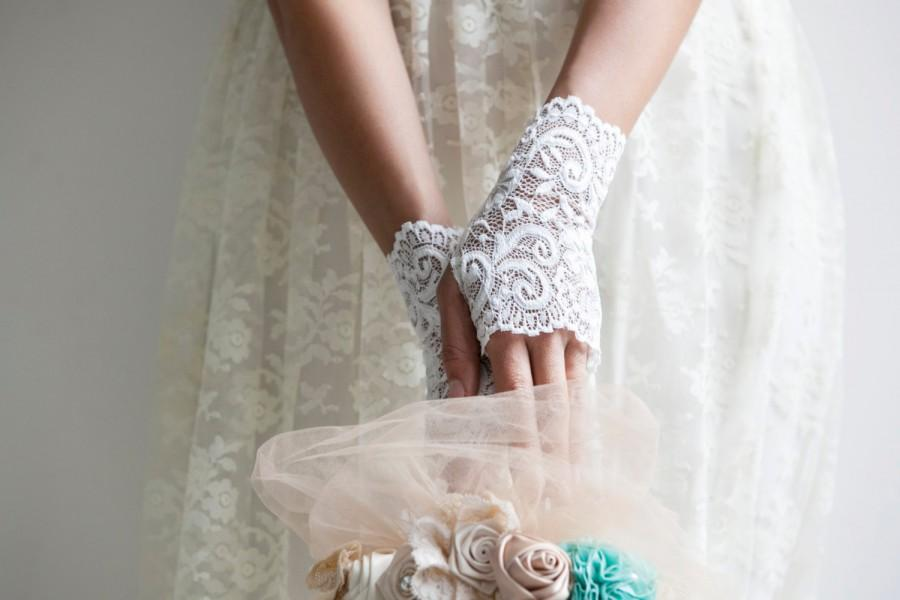 Bridal Lace Gloves Ivory Wedding Short Mittens Cuffs