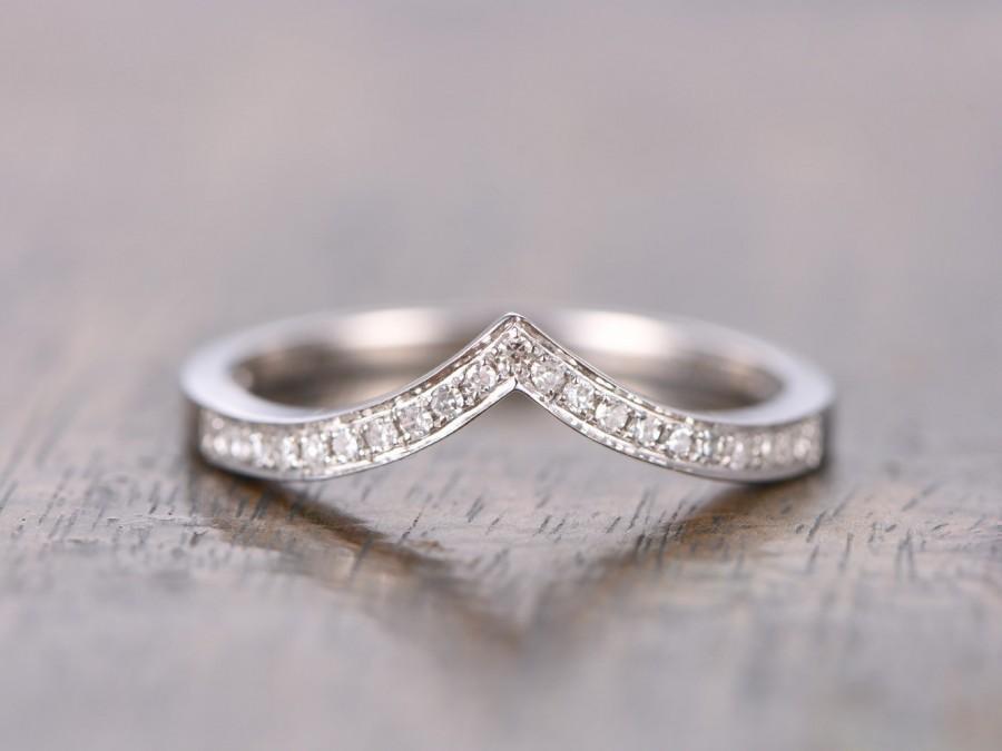 14k White Gold V Wedding Band Chevron Curved Ring Micro Pave Diamond
