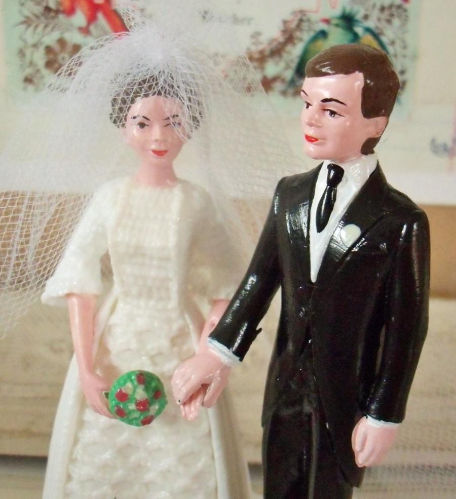 Vintage Bride And Groom Wedding Cake Topper Kitschy Retro Charm Hard Plastic Holding Hands