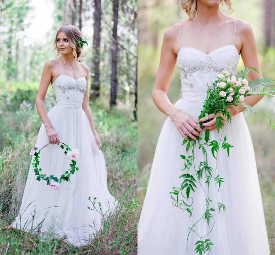 Summer Beach 2016 Lace Wedding Dresses Spaghetti Straps Tulle A Line Garden Beads Crystal Y Simple Bohemian Long Bridal Ball Gowns Online With