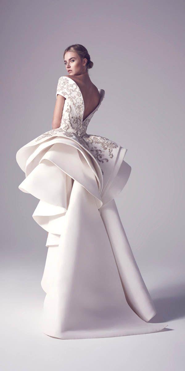 24 Totally Unique Fashion Forward Wedding Dresses