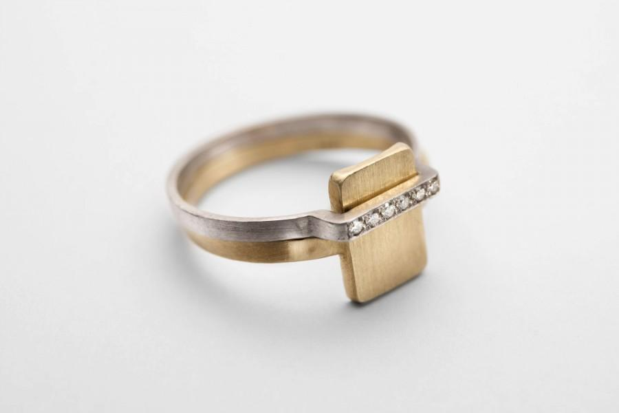 Bridal Set 14k Solid Gold Engagement Ring And Wedding Band Yellow Signet White Diamond