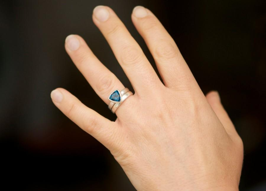 London Blue Topaz Wedding Set Trillion Engagement Ring And Band Gemstone Made To Order