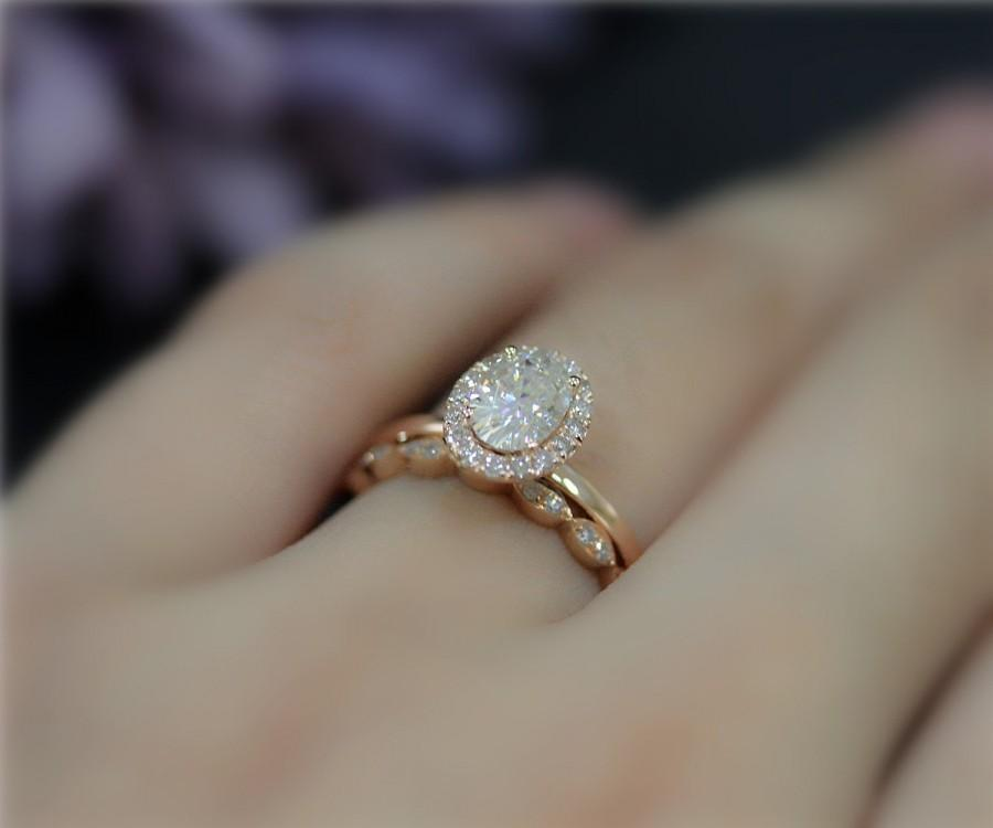 Amazing 1ct Brilliant Moissanite Engagement Ring Set 5x7mm Oval Solid 14k Rose Gold Wedding