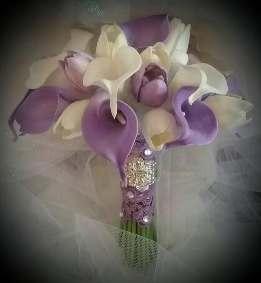 Calla Lilies Tulips Bouquet Lavender And White Purple Brooch
