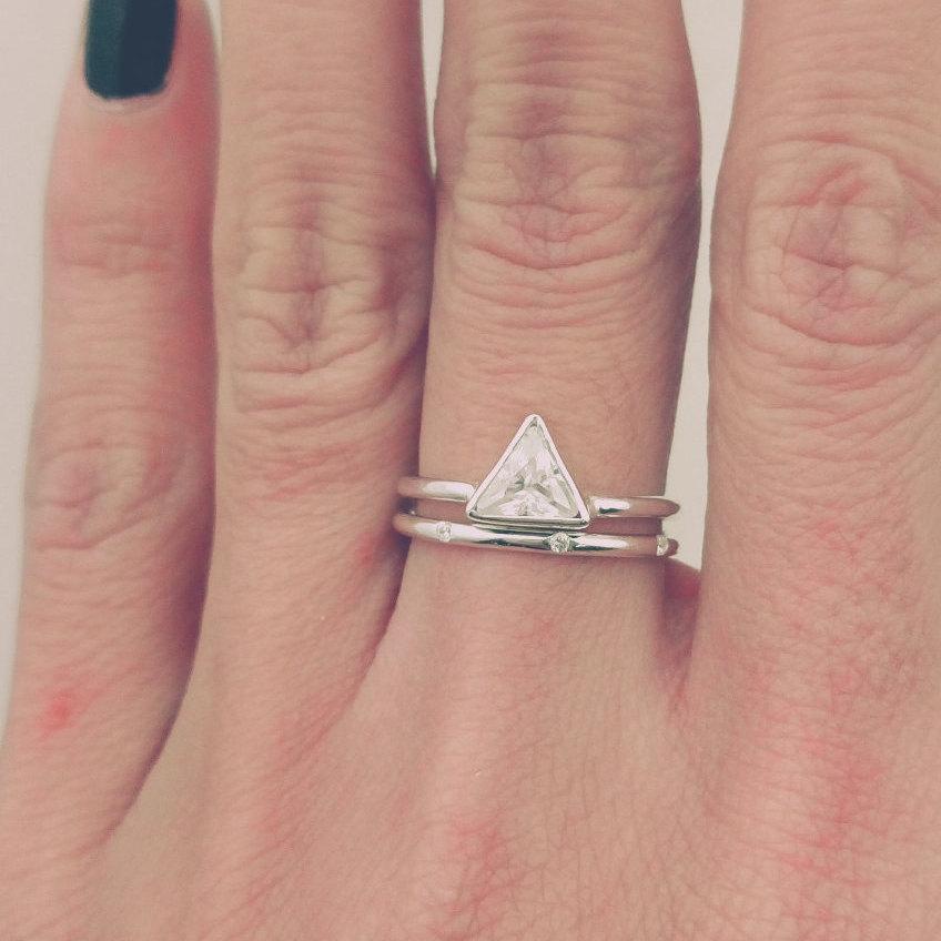Trillion Diamond Ring Set Thin Band Simple Triangle Engagement