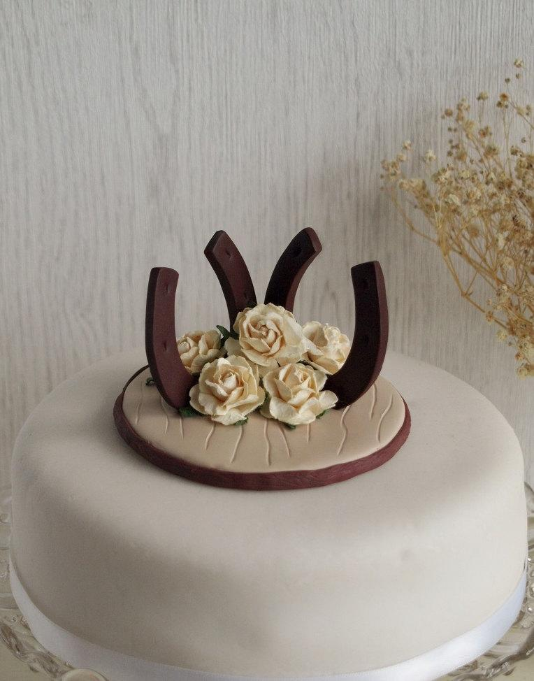 horseshoe wedding cake toppers wedding horseshoe roses cake topper wedding horseshoes 15319