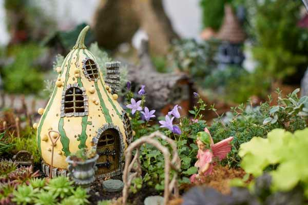 Gourd House Fairy Troll Or Gnome Home Cottage Woodland Miniature Garden Dollhouse Diorama Accessories