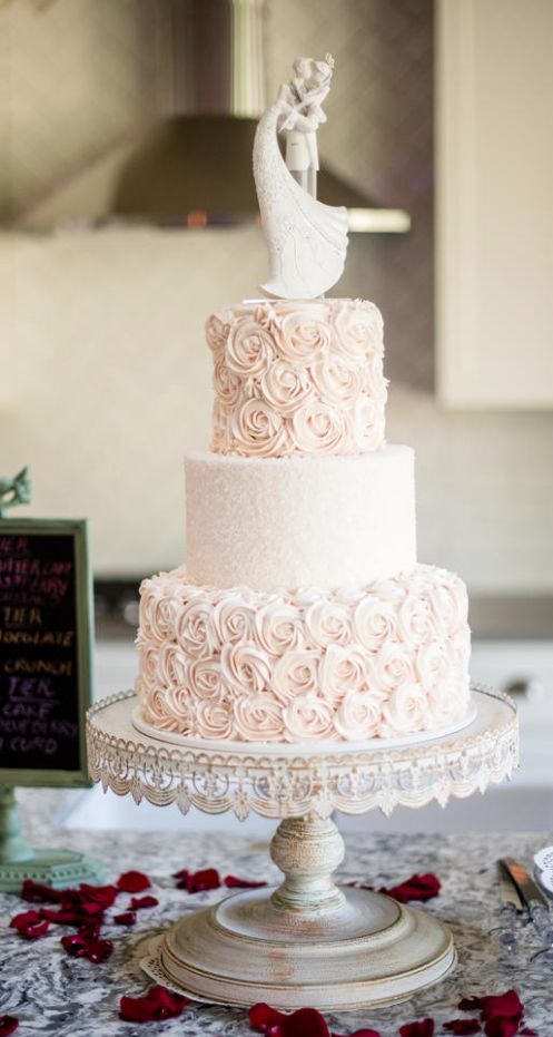 wedding cake inspiration wedding theme wedding cake inspiration 2713622 weddbook 22985