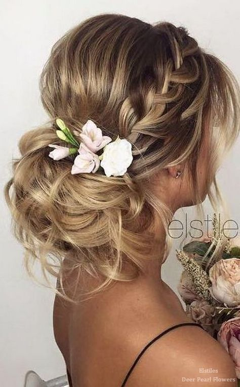 Ideas for Your Bridal Hairstyle with Hair Jewelry