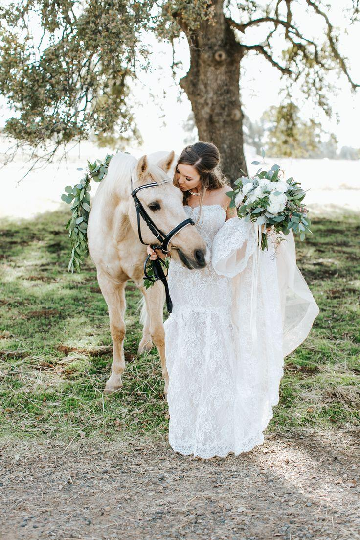 This Bride's Family Estate White Horses Make For A Dreamworthy Wedding  #2756055 - Weddbook